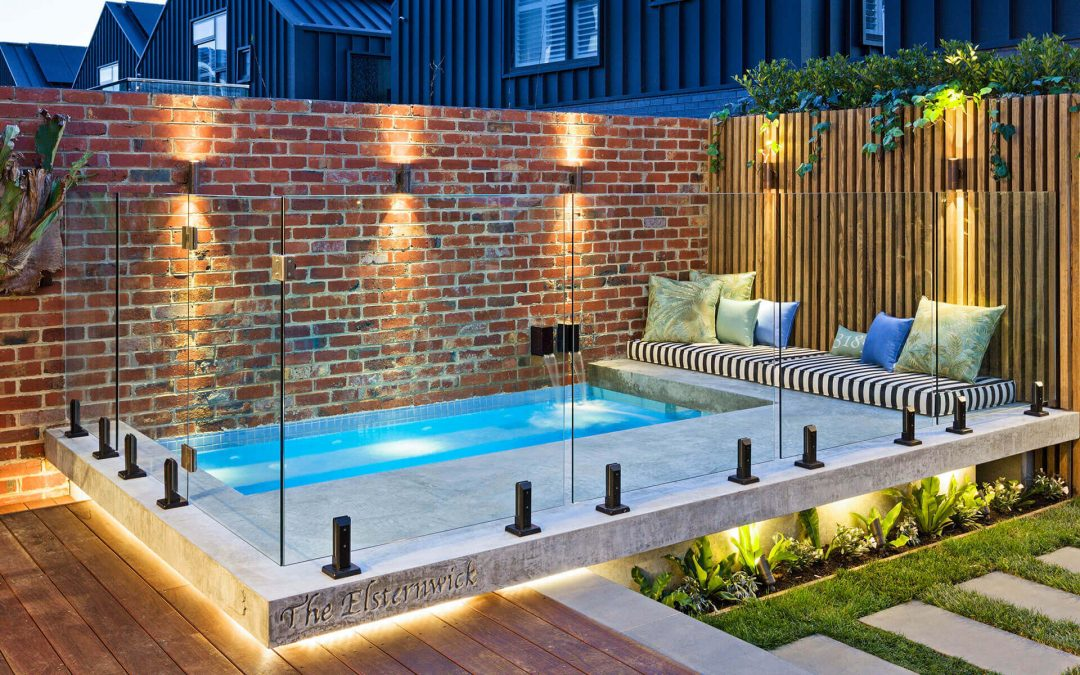 What Are The Special Features Related To Frameless Glass Pool Fence?