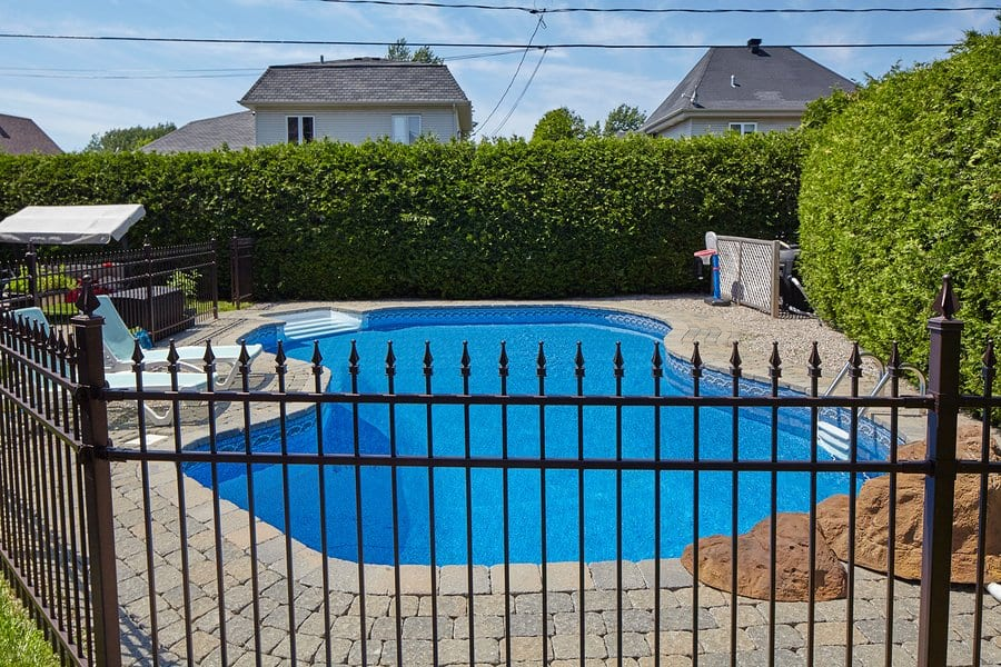 Is Aluminium Pool Fencing A Worthy Investment?