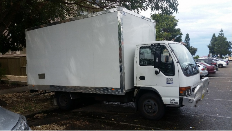How to choose the best house removals near me?