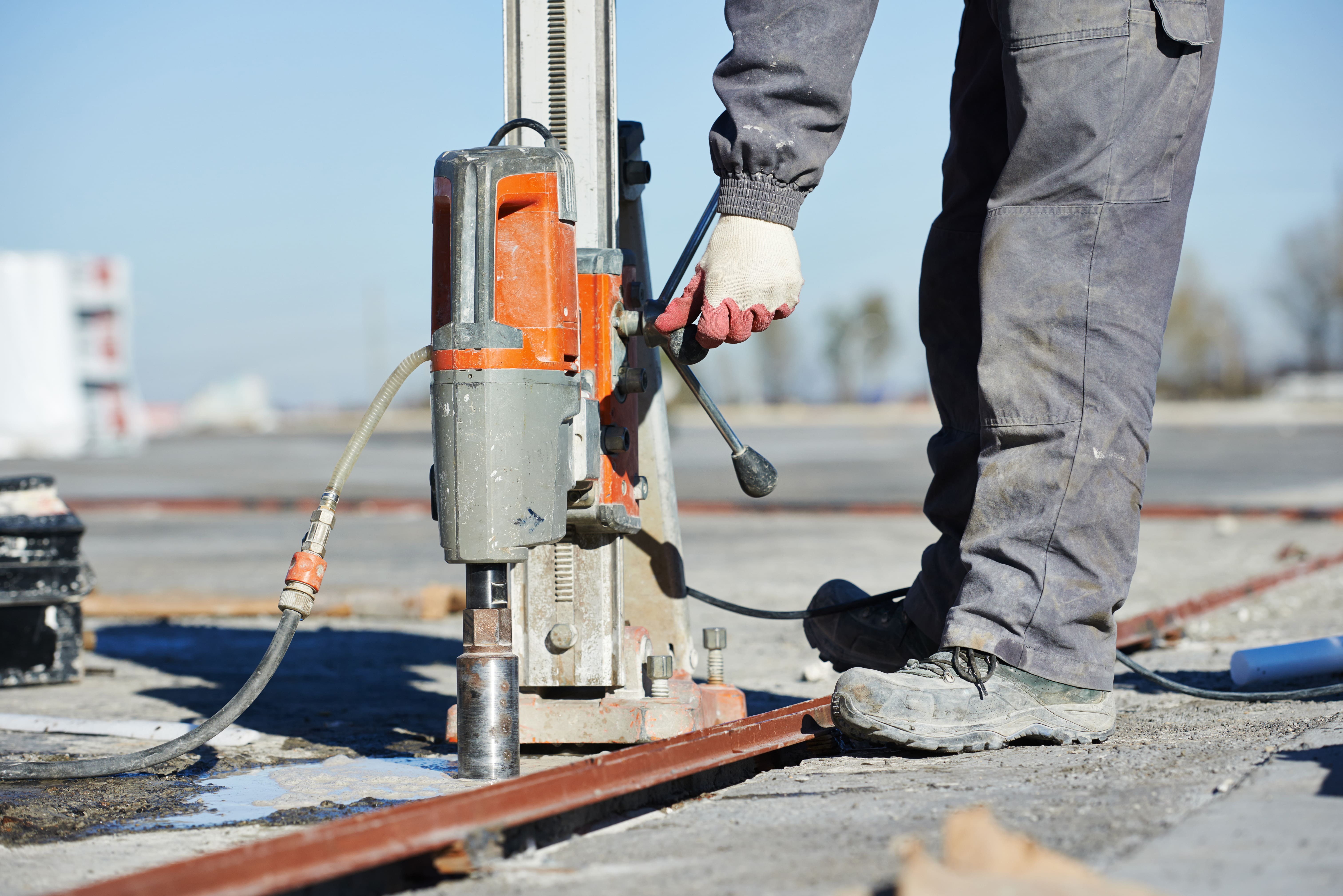 Reasons for Hiring Concrete Cutting Services